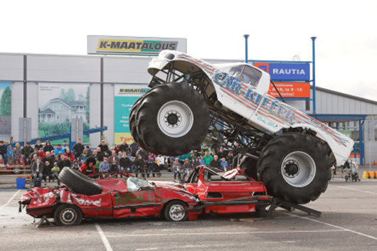 kaltenkirchen Traber Monstertruck Stuntmen Show