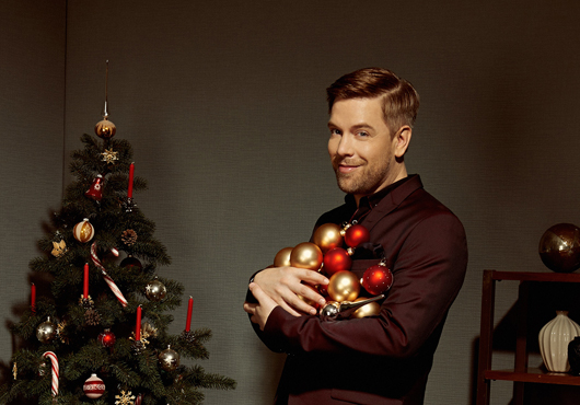 """Tom Gaebel & his Orchestra – """"A Swinging Christmas"""" Theater in der Stadthalle"""